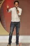 Ayushmann Khurrana walks the ramp at 'Silhouettes 2013 - Bollywood Bytes' Pic 2