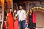 Ayushmann Khurrana walks the ramp at 'Silhouettes 2013 - Bollywood Bytes' Pic 4