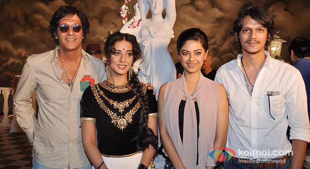 Chunky Pandey, Mahie Gill and Meera Chopra at the Mahurat of 'Gang Of Ghosts'
