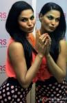Hottie Veena Malik promotes 'Zindagi 50-50' Pic 3