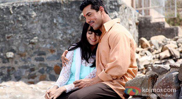 Kangana Ranaut And John Abraham in Shootout At Wadala Movie Stills