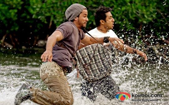 Kunal Khemu And Vir Das in Go Goa Gone Movie Stills