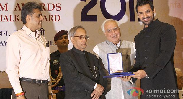 Pranab Mukherjee presenting the Best Actor Award to John Abraham at the 60th National Film Awards 2012