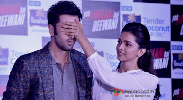 Ranbir Kapoor and Deepika Padukone team up to Promote Their upcoming Film Yeh Jawaani Hai Deewani