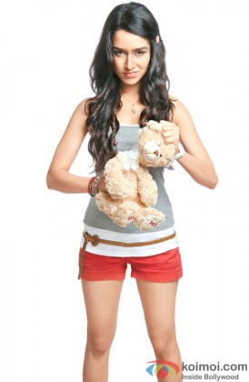 Shraddha Kapoor in no mood for fun!