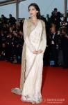 Sonam Kapoor walks the red carpet at 'Cannes Film Festival' 2013 Pic 3