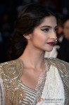 Sonam Kapoor walks the red carpet at 'Cannes Film Festival' 2013 Pic 2