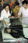 Sujoy Ghosh at Rituparno Ghosh's Funeral Procession