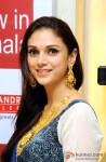 Aditi Rao Hydari Inaugurates 'PC Chandra Jewellers' New Showroom in Kolkata Pic 2