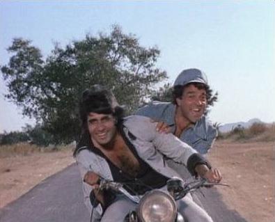 Amitabh Bachchan And Dharmendra in Sholay Movie Stills