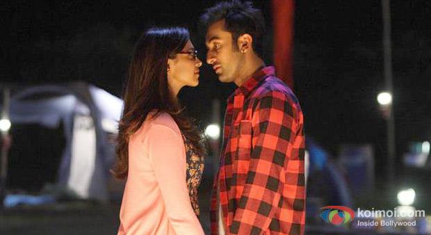Deepika Padhukone And Ranbir Kapoor In Yeh Jawaani Hai Deewani Movie Stills