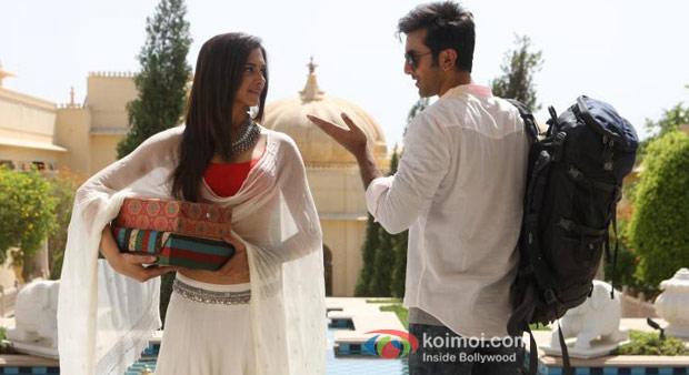 Deepika Padukone and Ranbir Kapoor in Yeh Jawaani Hai Deewani Movie Stills