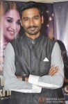 Dhanush Promotes Raanjhanaa On The Sets Of 'Jhalak Dikhla Jaa' Pic 1