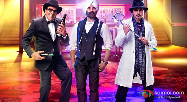 Dharmendra, Sunny Deol And Bobby Deol in Yamla Pagla Deewana 2  Movie Stills