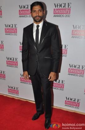 Farhan Akhtar at Vogue Beauty Awards 2012