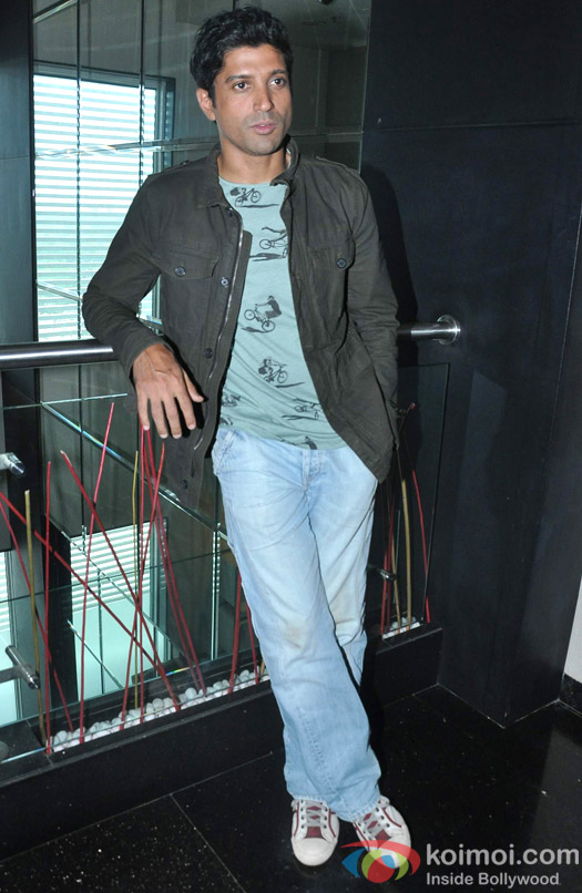 Farhan Akhtar poses coolly for the shutterbugs