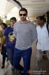 John Abraham at Mumbai Airport Pic 3