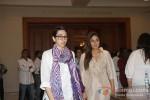 Karisma Kapoor And Kareena Kapoor At Priyanka Chopra's Father's Prayer Meet