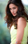 Nargis Fakhri Gives A Stunning Look!