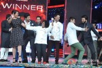 Sonakshi Sinha And Ranveer Singh Promote Lootera On Master Chef Season 3 Grand Finale Pic 3