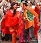Sonakshi Sinha and Imran Khan in Once Upon A Time In Mumbaai Dobaara! Movie Stills Pic 2