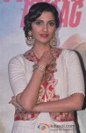 Sonam Kapoor At 'Bhaag Milkha Bhaag' trailer and music launch Pic 2