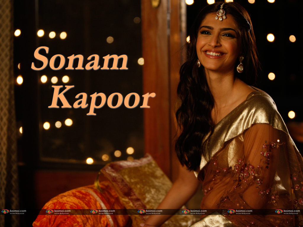 Sonam Kapoor Wallpaper 1