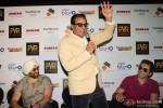 Sunny Deol, Dharmendra and Bobby Deol at Yamla Pagla Deewana 2 Movie Promotion Pic 1