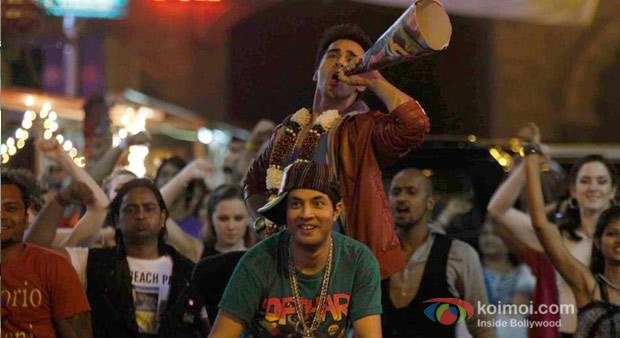 Varun Sarma And Pulkit Samrat in Fukrey Moive Stills