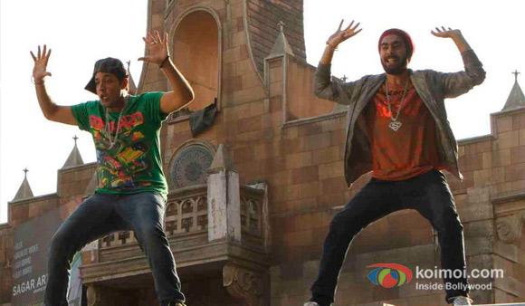 Varun Sharma And Manjot Singhi in Fukrey Movie Stills