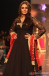 Huma Qureshi walks the ramp at IIJW 2013