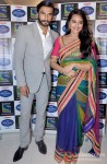 Ranveer Singh And Sonakshi Sinha Promote Lootera on the sets of Indian Idol Junior Pic 2