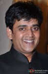 Ravi Kishan flashes a smile