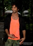 Shahid Kapoor On the Sets of Phata Poster Nikhla Hero
