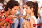 Shahid Kapoor and Ileana D'Cruz in Phata Poster Nikhla Hero Movie Stills Pic 1