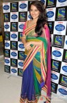 Sonakshi Sinha Promotes Lootera on the sets of Indian Idol Junior Pic 1