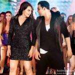 Sonakshi Sinha and Akshay Kumar in Boss Movie Stills
