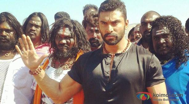 Nikitin Dheer in Chennai Express Movie Stills