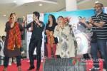 Vinay Pathak, Tusshar Kapoor, Krishika Lulla, Dolly Ahluwalia And Shashant A Shah Promote Bajatey Raho At R City Mall Ghatkopar