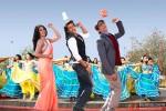 Priyanka Chopra and Hrithik Roshan in Krrish 3 Movie Stills Pic 1