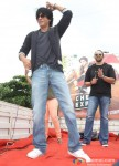 Shah Rukh Khan Celebrates Independence Day at Chennai Express Promotional Event Pic 1