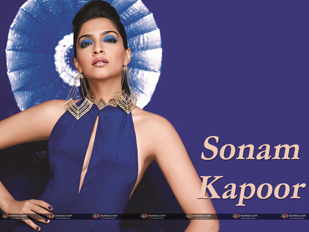 Sonam Kapoor Wallpaper 3