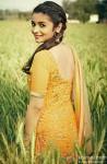 A Beautiful Alia Bhatt Flashes Her Pretty Smile
