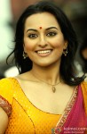A Happy Sonakshi Sinha Snapped By Shutterbugs