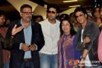 Boman Irani, Abhishek Bachchan, Farah Khan And Shah Rukh Khan return from Dubai Pic 1