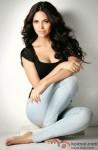 Esha Gupta Looks Ravishing