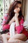 Evelyn Sharma sizzles in pink