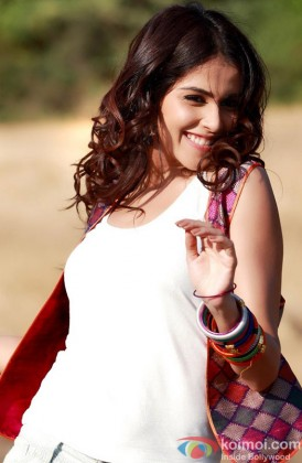 Genelia D'souza Looking Beautiful In White