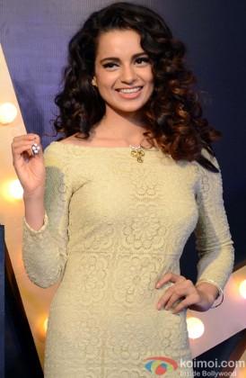 Kangana Ranaut Flashes Her Beautiful Smile
