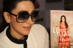 Karisma Kapoor unveils her book 'My Yummy Mummy Guide' Pic 3